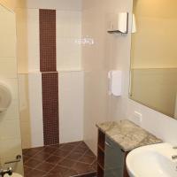 Queen Studio with Private Bathroom