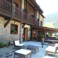 Hotel Pictures: Alberg Les Daines, Espot