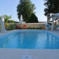 Hotel Pictures: Le Clos Des Mylandes, Dax