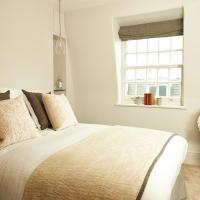Deluxe Double Room - Fisher's Folly