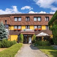Hotel Pictures: Penzion Karolina Lanškroun, Lanškroun