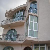Hotel Pictures: Tazina Guest House, Addis Ababa