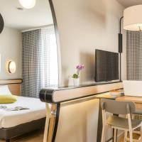 Hotel Pictures: Aparthotel Adagio Access Paris Massy Gare, Massy