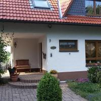 Hotel Pictures: Komfort Ferienwohnung, Herscheid