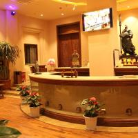 Hotel Pictures: Liaokuo Jingshe, Qujing
