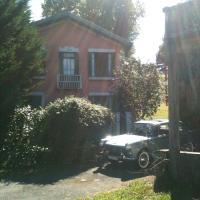 Hotel Pictures: La Maison Rose, Montréjeau