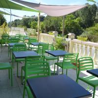 Hotel Pictures: Le Riviera, Appietto