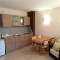 Economy One-Bedroom Apartment ( 3 Adults + 1 Child )- Free parking