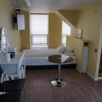 Suite (5 Adults)