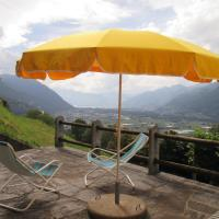 Hotel Pictures: Holiday Home Comelina, Camorino