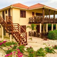 Hotel Pictures: Curacao Dream Vacation Blue Bay, Willemstad