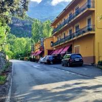 Hotel Pictures: Hotel Casa Peix, Serraduy