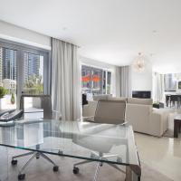 Three-Bedroom Villa Panoramic with Marina View