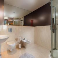 Luxury Three-Bedroom Apartment with Sea View