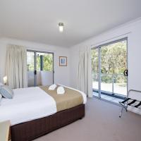 Beachclub Entertainer Two-Bedroom Apartment