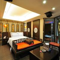 Deluxe Suite with Spa Bath (Check in After 19.00)