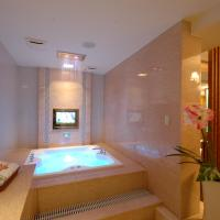 Suite with Spa Bath (Check in After 19.00)