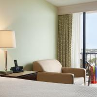 Single Queen Room with Ocean View and Balcony - Disability Accessible