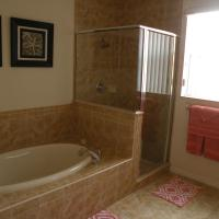 Deluxe Four-Bedroom Villa - Manta 105