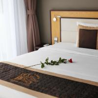 Deluxe Twin Room with City Sea View
