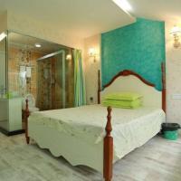 Double Room with Balcony E