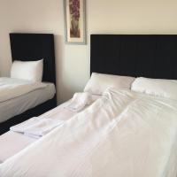 Deluxe Double or Twin Room with Shared Bathroom