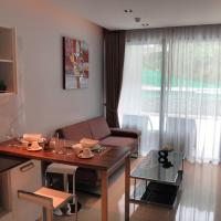 Deluxe One-Bedroom Apartment with Garden View