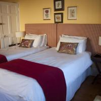 Deluxe Double or Twin Room 2
