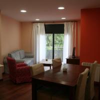 Hotel Pictures: Apartaments Tarrega Lagranja, Tárrega