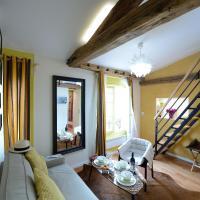 Studio with Single Mezzanine (3 Adults) - E5DD Yellow Cake