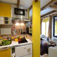 Studio with Single Mezzanine 2 (3 Adults) - E5GG Honey Mustard