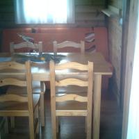 Hotel Pictures: Cabañas y Bungalows La Falaguera, Bárig