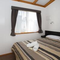 Two-Bedroom Cabin - Chardonnay