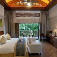 Mainland Chinese Citizens - Deluxe Double or Twin Villa