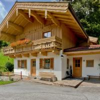 Chalet with Balcony and Mountain View