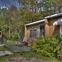 Hotel Pictures: Chalets du Camping de Jonquière, Saguenay