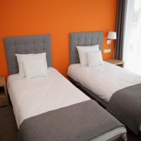 Double or Twin Room with Private Bathroom and Gym Access