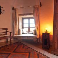 Heritage Room with Shared Bathroom