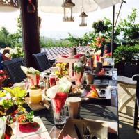 Hotel Pictures: Cabane dans les arbres / Swin-golf de Cremin, Cremin