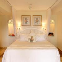 King Room with Balcony and Sea View - Glenconner
