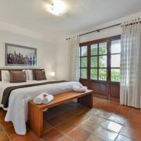 Hotel Pictures: Four-Bedroom Villa in Sant Josep de Sa Talaia / San Jose with Pool II, Ibiza