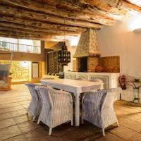 Hotel Pictures: Four-Bedroom Villa in Ibiza ciudad with Terrace, Ibiza Town