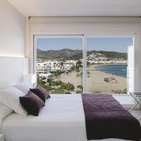 Junior Suite with Partial Sea View