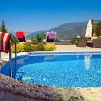 Signature Junior Suite with Pool