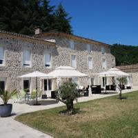Hotel Pictures: Domaine Les Buis, Saint-Fortunat-sur-Eyrieux