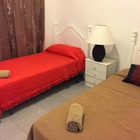 Hotel Pictures: Bungalo Teruel, Santa Pola