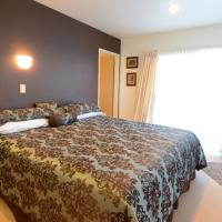 Deluxe Double or Twin Room with Lake View (A)