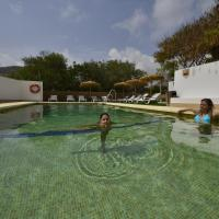 Hotel Pictures: Cala Chica, Las Negras