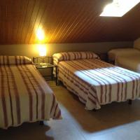 Hotel Pictures: Petit Scala, Villafranca de Ebro