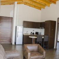 Three-Bedroom Villa, (King, Queen and 2 Single beds)